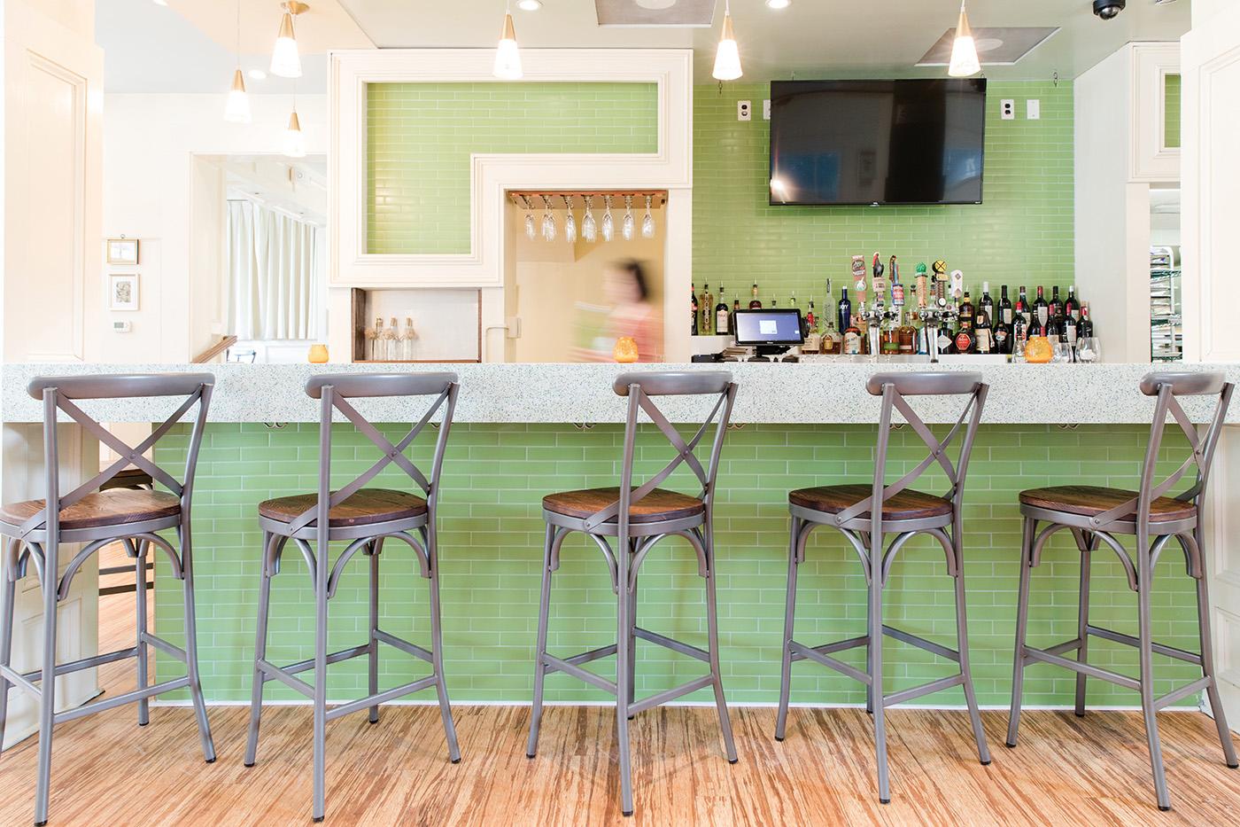 The bar at The Hummingbird Way